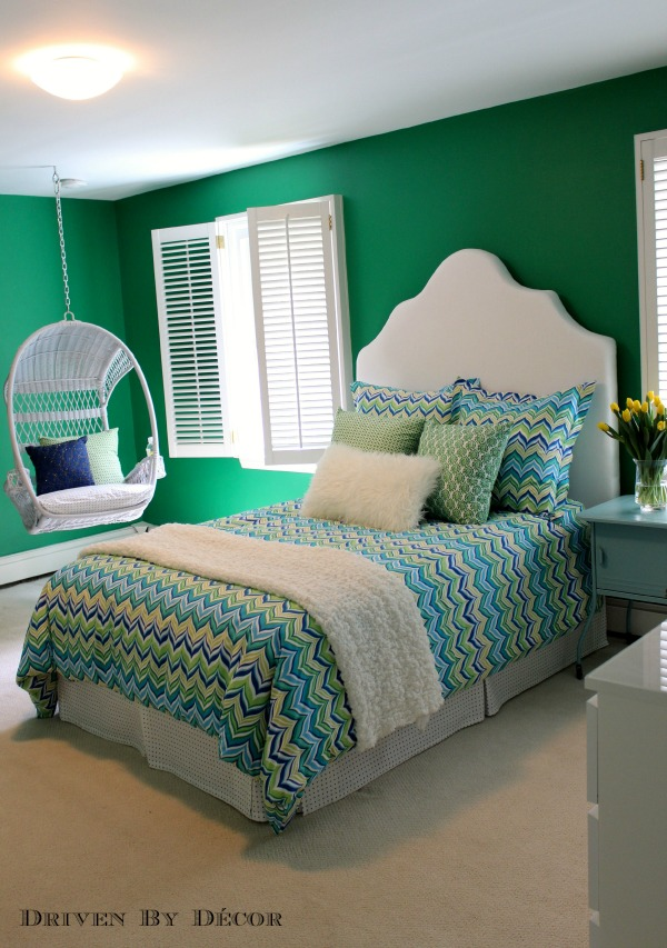 Paint color for tween bedroom