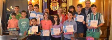 http://www.vocesdecuenca.com/web/voces-de-cuenca/-/el-presidente-de-la-diputacion-recibe-y-felicita-a-los-ganadores-de-la-olimpiada-matematica-de-cuenca