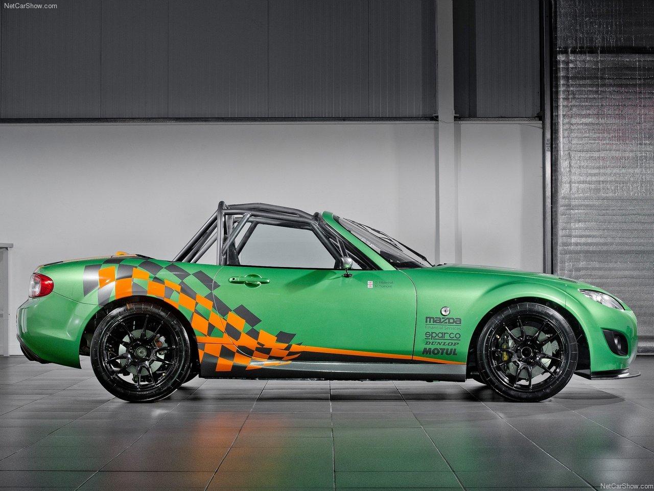 http://3.bp.blogspot.com/-kpEIuXjfOWA/TYnuNLtvX4I/AAAAAAACMNo/62eoZhIpQuU/s1600/Mazda-MX-5_GT_Race_Car_2011_1280x960_wallpaper_02.jpg