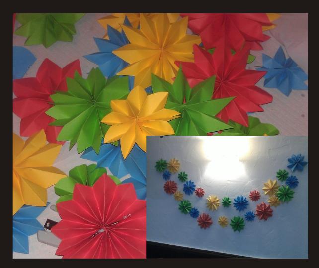 Guirnaldas de flores de papel