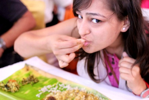 Science behind eating with hands