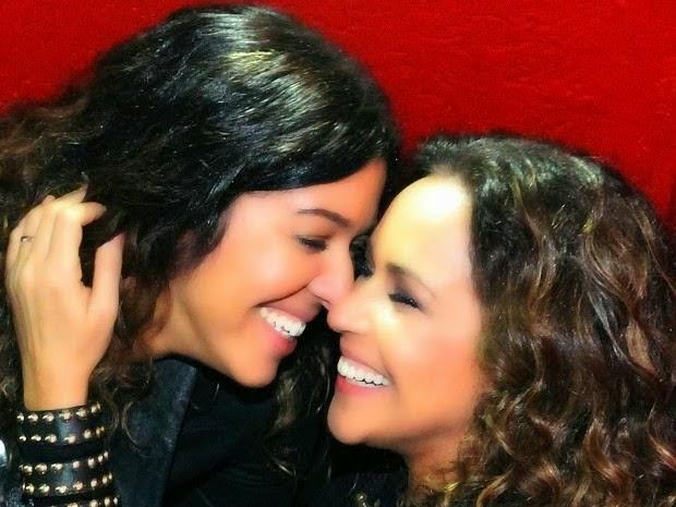Gays Famosos Assumidos - Daniela Mercury