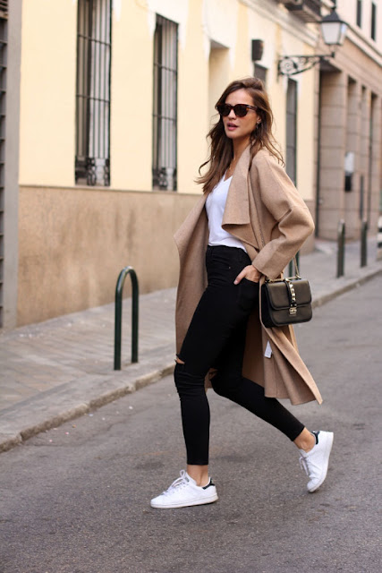 coat with adidas trainers, superstar trainers outfit, mac and adidas trainers,