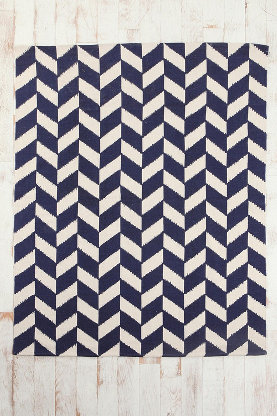 Herringbone Rug By Urban Outers 5 X7 For 89 I Love A Good Pattern This Is Awesome And It In Bright Navy Blue