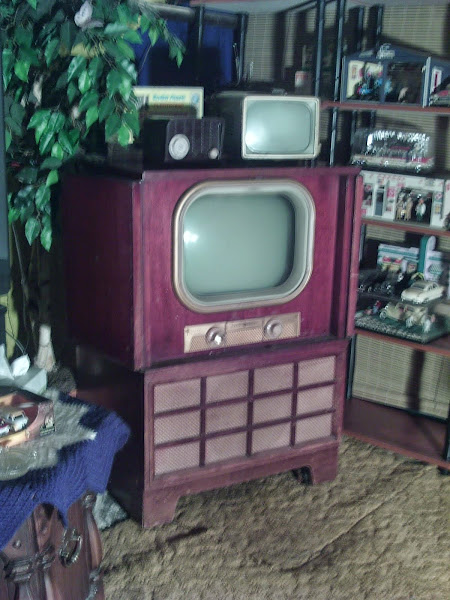 1950 General Electric Console Television Set