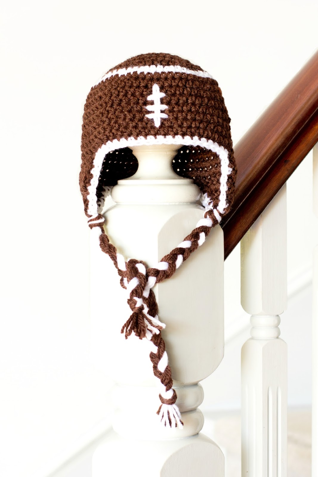Free crochet patterns for baby football hat manet for hopeful honey craft crochet create 10 free adorable free crochet patterns for baby football hat bankloansurffo Choice Image