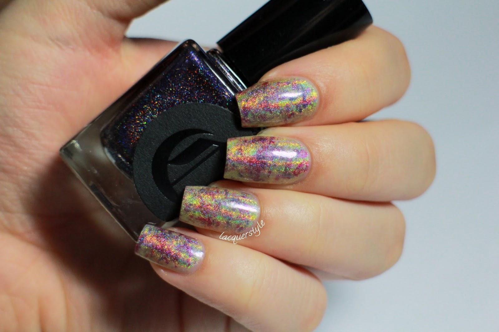 Lacquerstyle.com: Holographic Plastic Wrap Nail Art + Video & Tutorial!