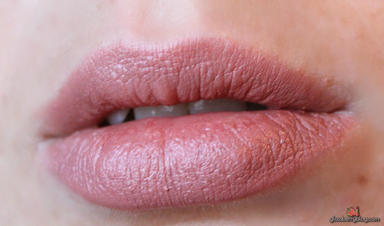 mac viva glam II nude  review swatches מאק ויוה גלאם 2 שפתון בלוג איפור וטיפוח גלוסברי סקירה