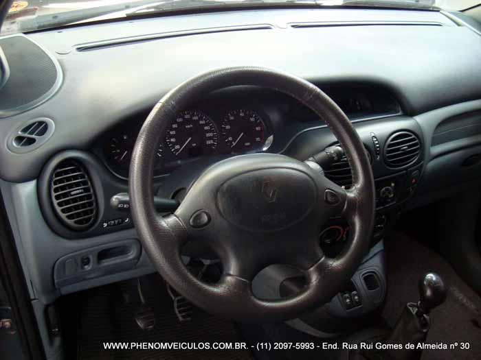 Renault Scenic 1999 RXE 2.0 manual à venda - Preço R$ 16.500 - painel