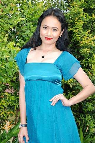 Gambar Siti Elizad Seksi Hot