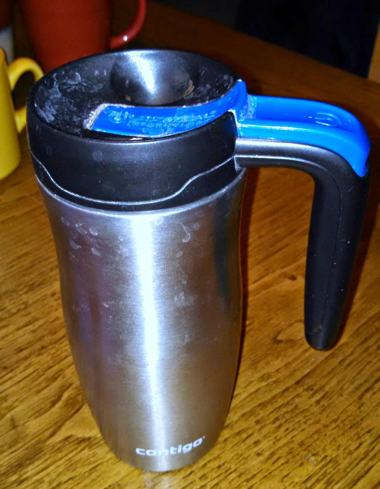 Contigo thermal travel coffee mug- it does not leak!