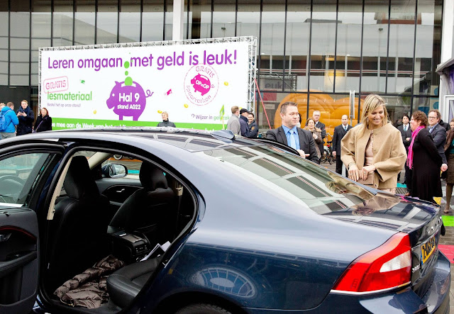 Queen Maxima of The Netherlands visits the stand Wijzer in Geldzaken during the national education fair in the Jaarbeurs in Utrecht