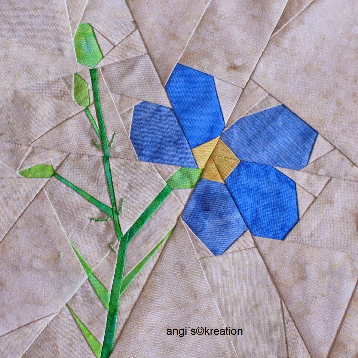 1000+ images about quilt blocks - paperpieced on Pinterest Paper piecing, Quilt blocks and ...