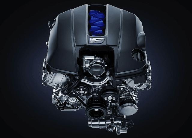 レクサスRC Fのエンジンの画像