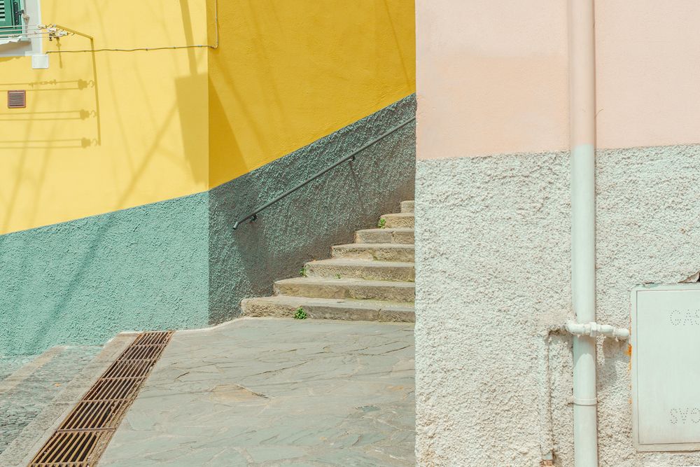 16-The-Hidden-Ben-Thomas-Photographs-that-look-like-Pastel-Colored-Illustrations-www-designstack-co