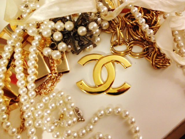 Chanel jewelry, vintage chanel pin, vintage chanel brooch, gold chanel brooch, chanel