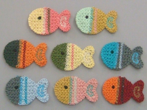 Free Crochet Fish Coaster Pattern : Crochetpedia: 2D Crochet Fish Applique
