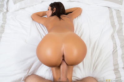 August Ames – Didn't Ring The Doorbell