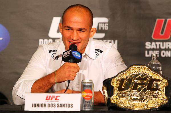 ufc mma heavyweight champion fighter junior cigano dos santos picture image