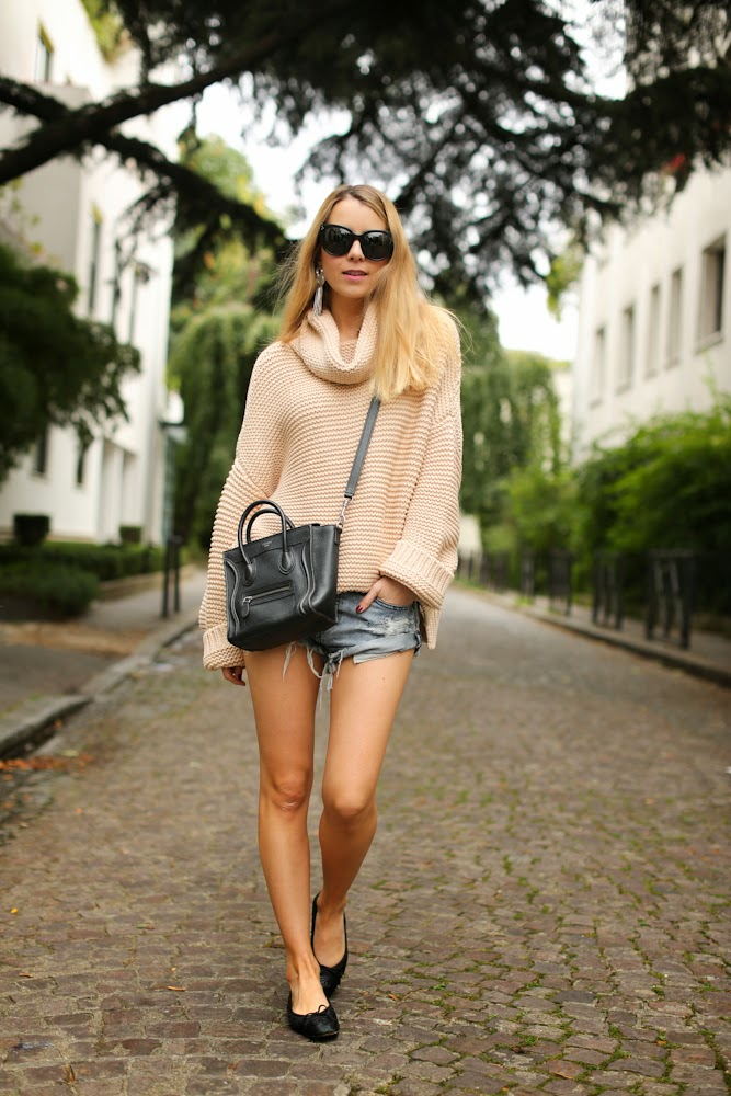 denim shorts, knit, zara, oneteaspoon, chanel, céline, lara bohinc, streetstyle, fashion blogger, outfit