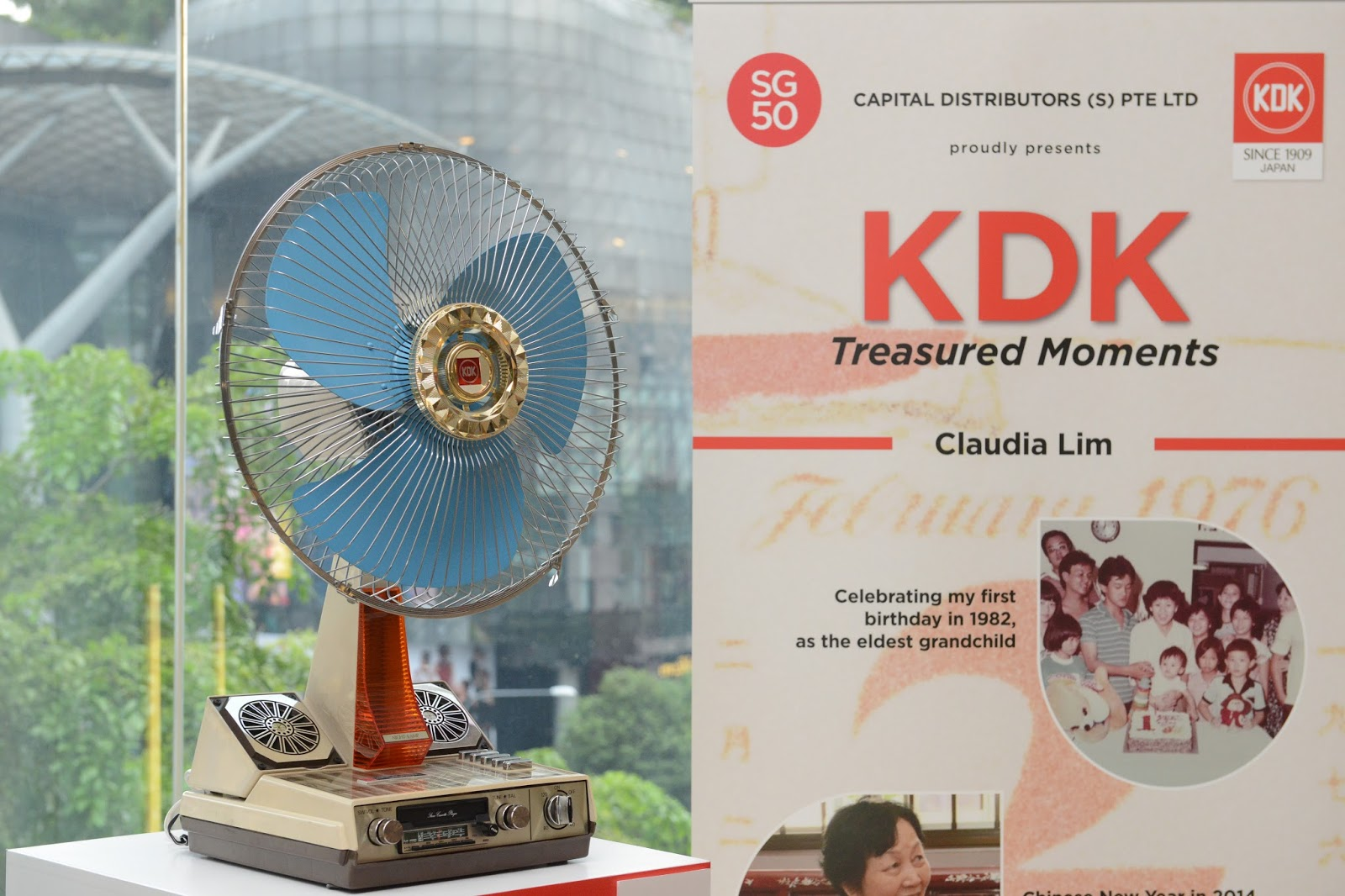 Kdk 8quot Fan Antique Fans Electric T And Vortelex 3speed Oscillating Table Model 78x593 Youtube The Winners Of Competition Also Received Limited Edition Flashpay Cards Box Look At Them Smiling Away For Camera