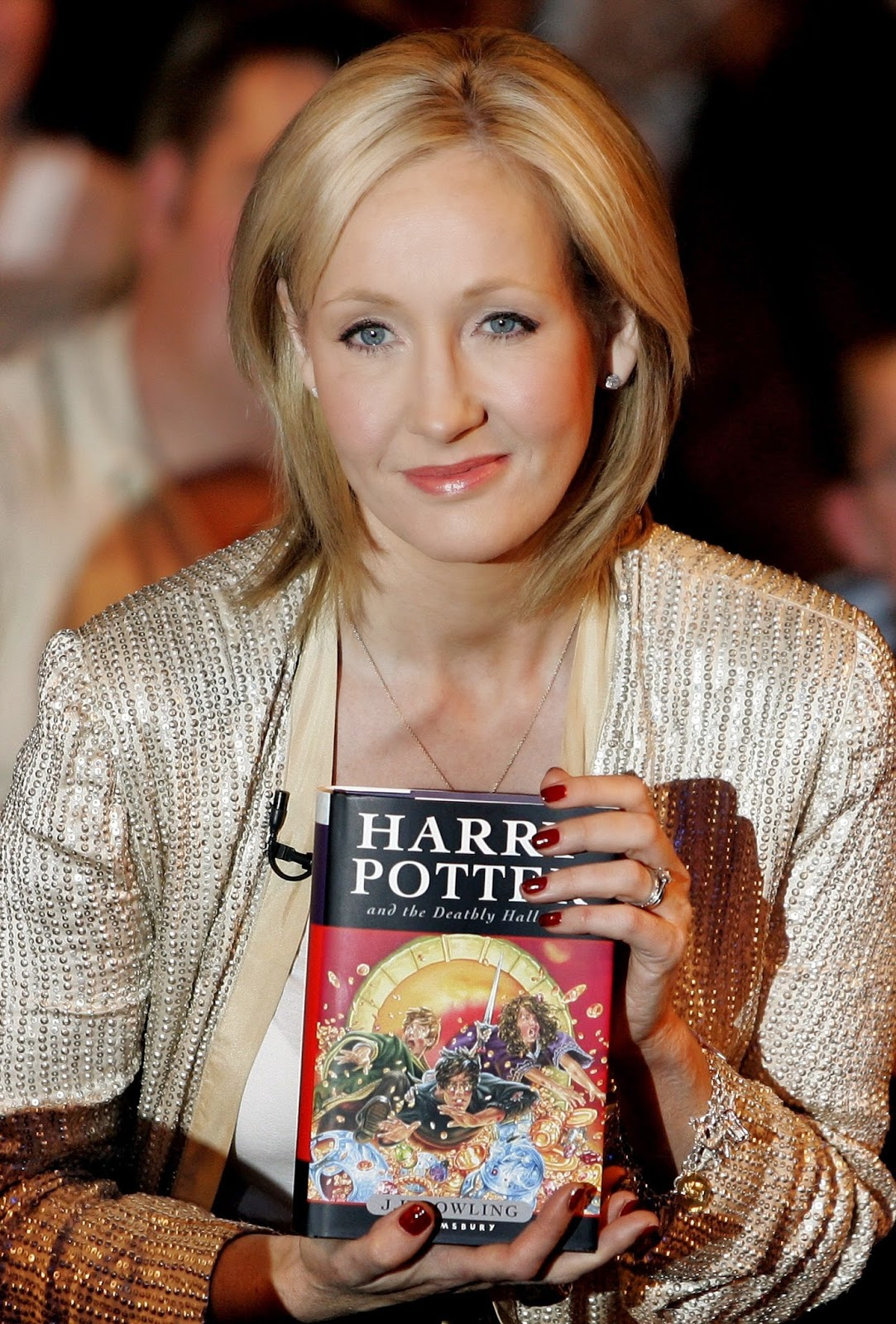 10 Major Mistakes Of World History That Will Make You Forget Yours - Rejecting J.K Rowling's manuscripts