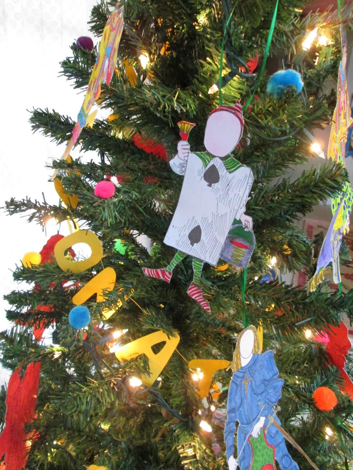 Tea with LaVera: Paper Doll Christmas Tree