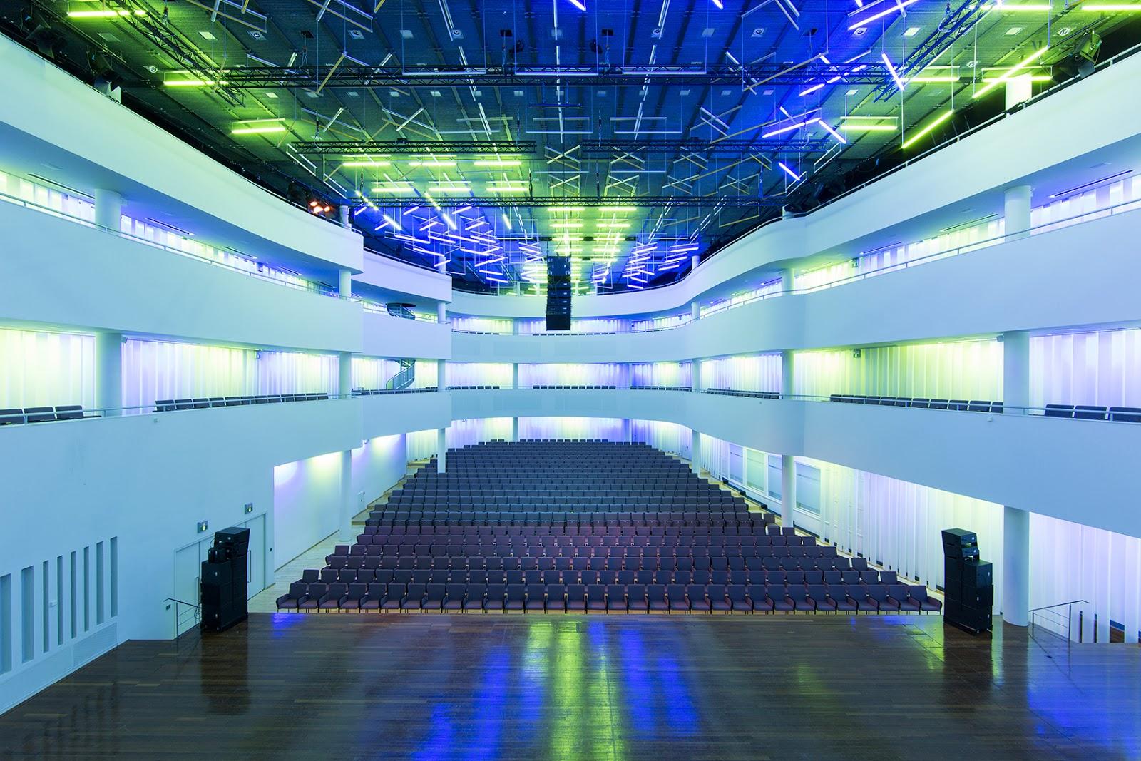 Fotograaf Michael Van Oosten Concert Hall Of The Theatre