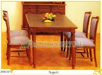 Meja dan Kursi Makan Kayu Jati Ukiran Napoli