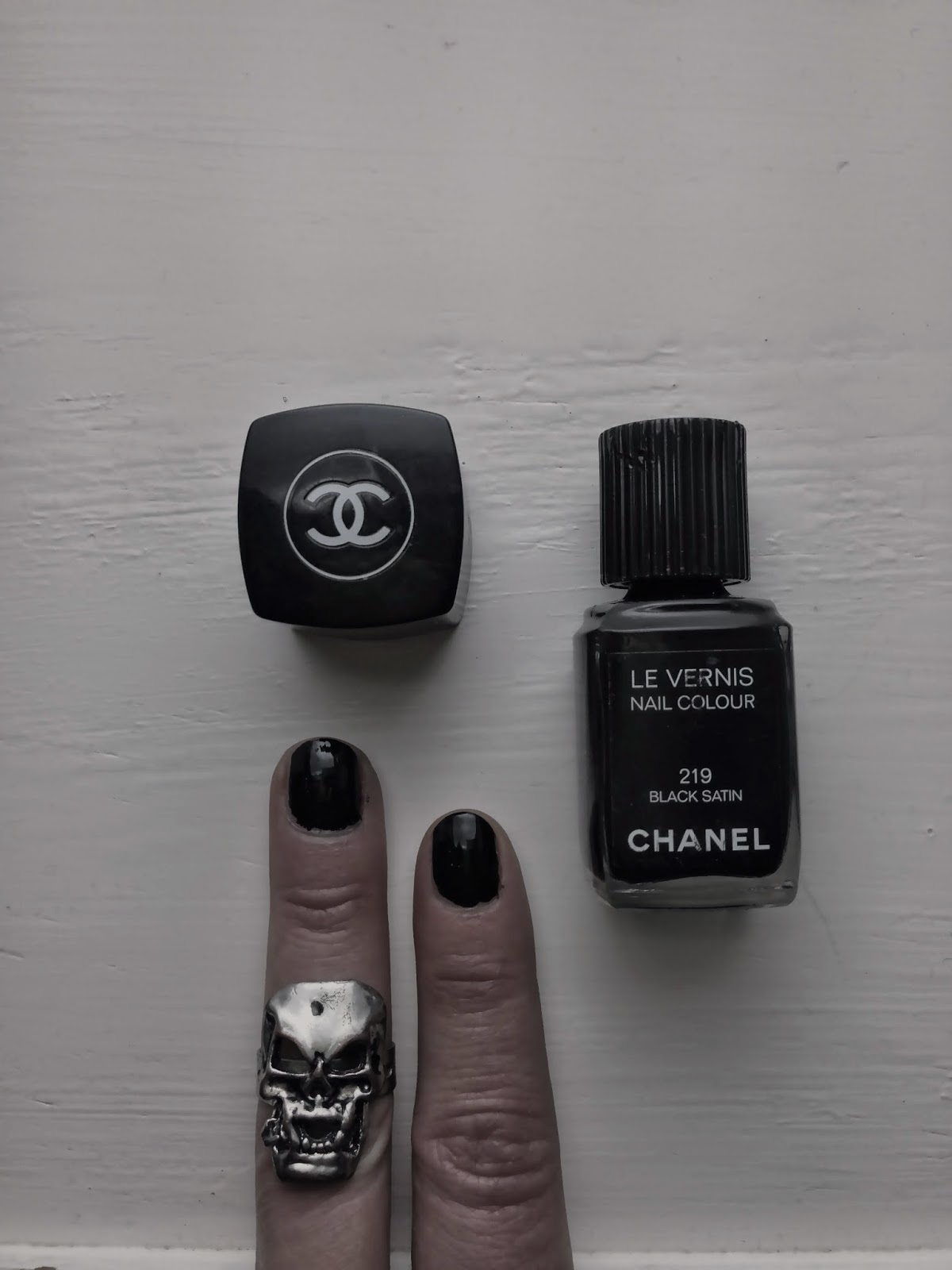Chanel 219 Black Satin, Nail Colour