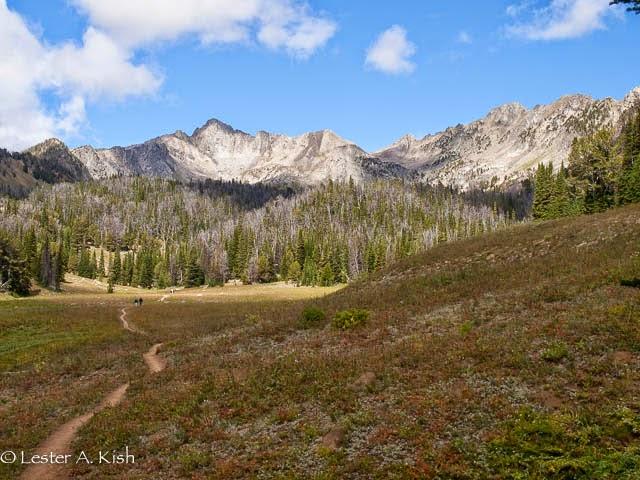Beehive Basin trail, Spanish Peaks, Montana