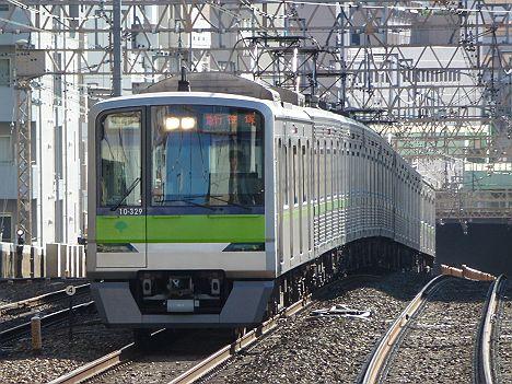 京王電鉄 急行 笹塚行き 10-300R形(調布駅付近地下化切替工事に伴う運行)
