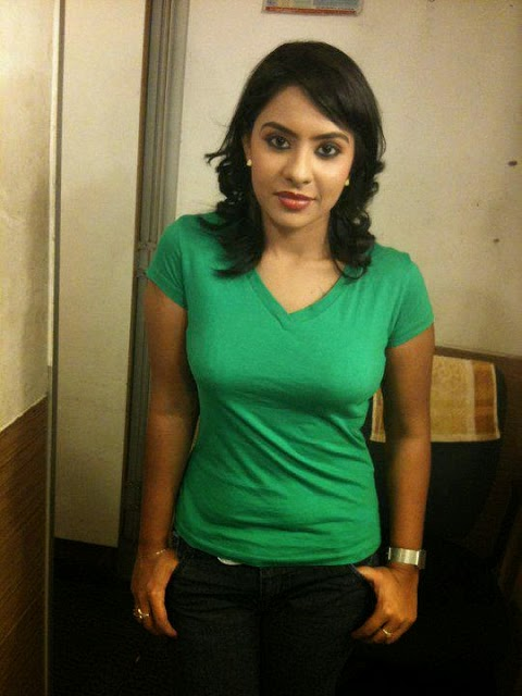 Indian Desi Girls Sizzling Hot Photo Gallery