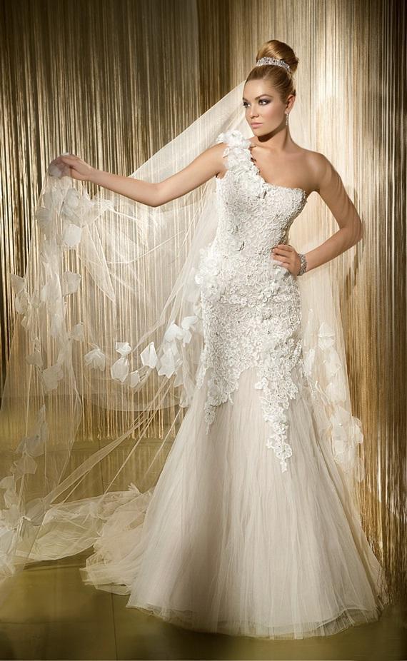 labels demetrios wedding dresses