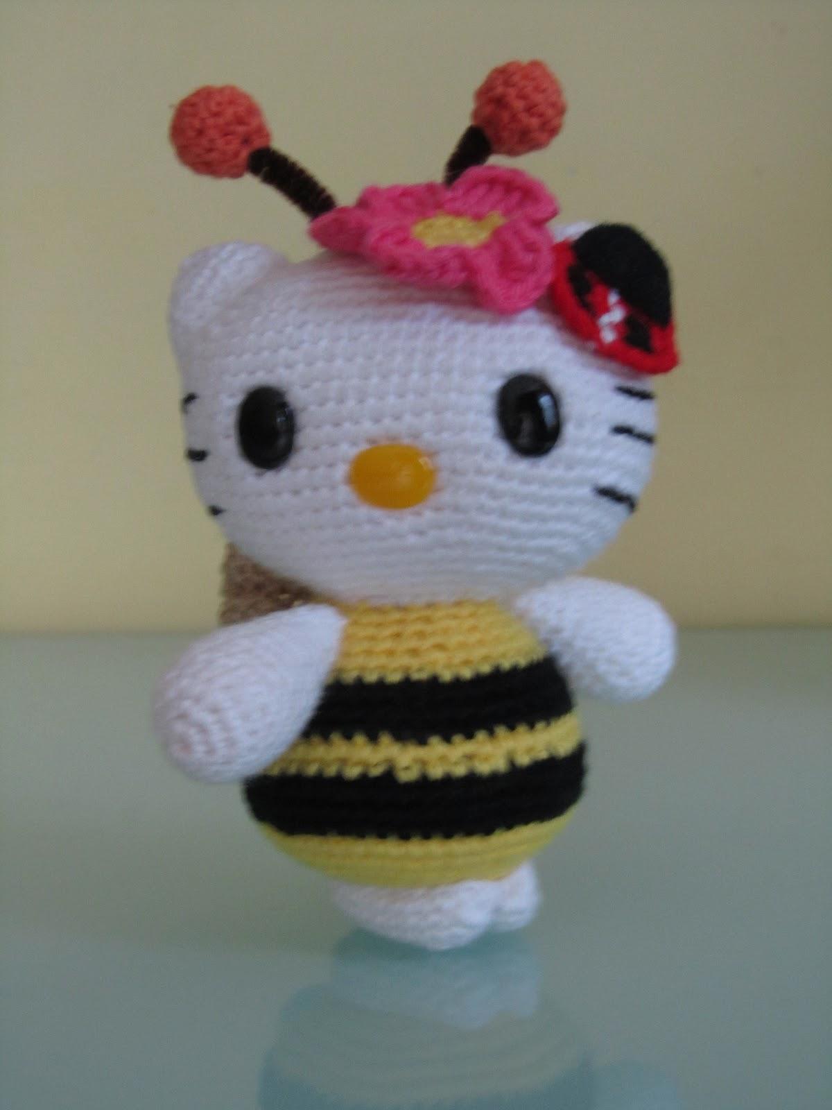 Amigurumi Kitty Espanol : MADRES HIPERACTIVAS: Amigurumi Hello Kitty Abejita