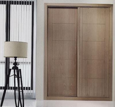 Foto armario y puerta del mismo modelo y color