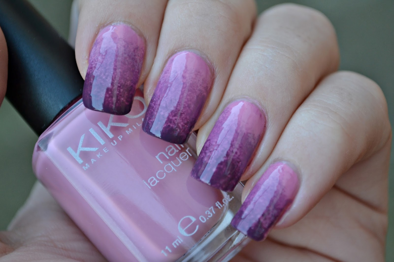 Gradient manicure Kiko