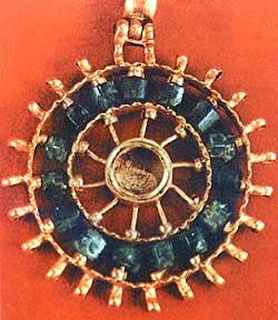 bloggermalaz.blogspot.com - 10 Harta Karun Terheboh yang Pernah Ditemukan