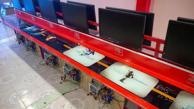bàn máy tính phòng net