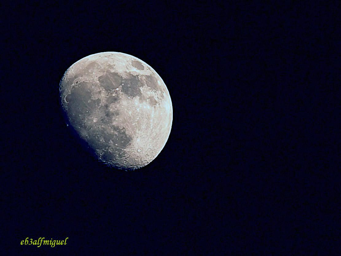 miguel fotografia la luna hoy