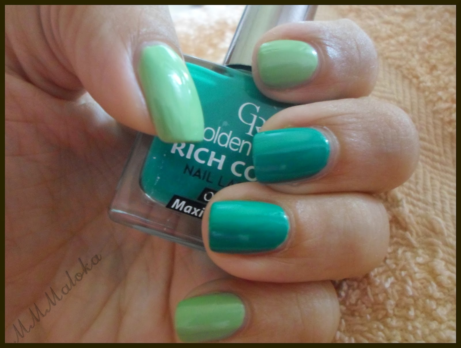 zielono mi ...  a właściwie to moim paznokciom