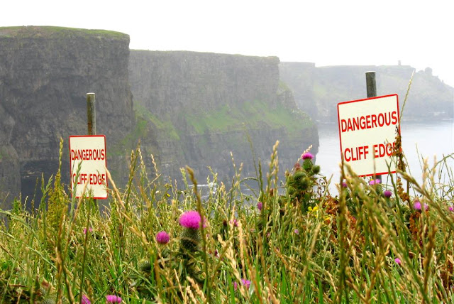 "image of the ""dangerous cliff edge ""sign"
