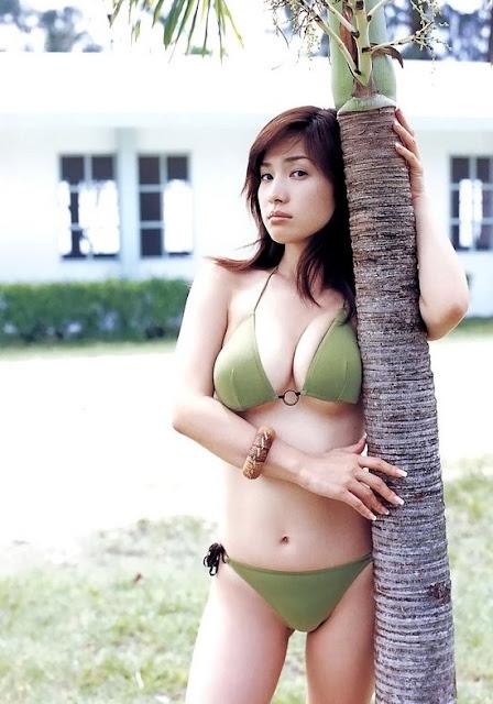 Stay In Garden Junko Yakimuna Latest And Amazing Photo Shoot