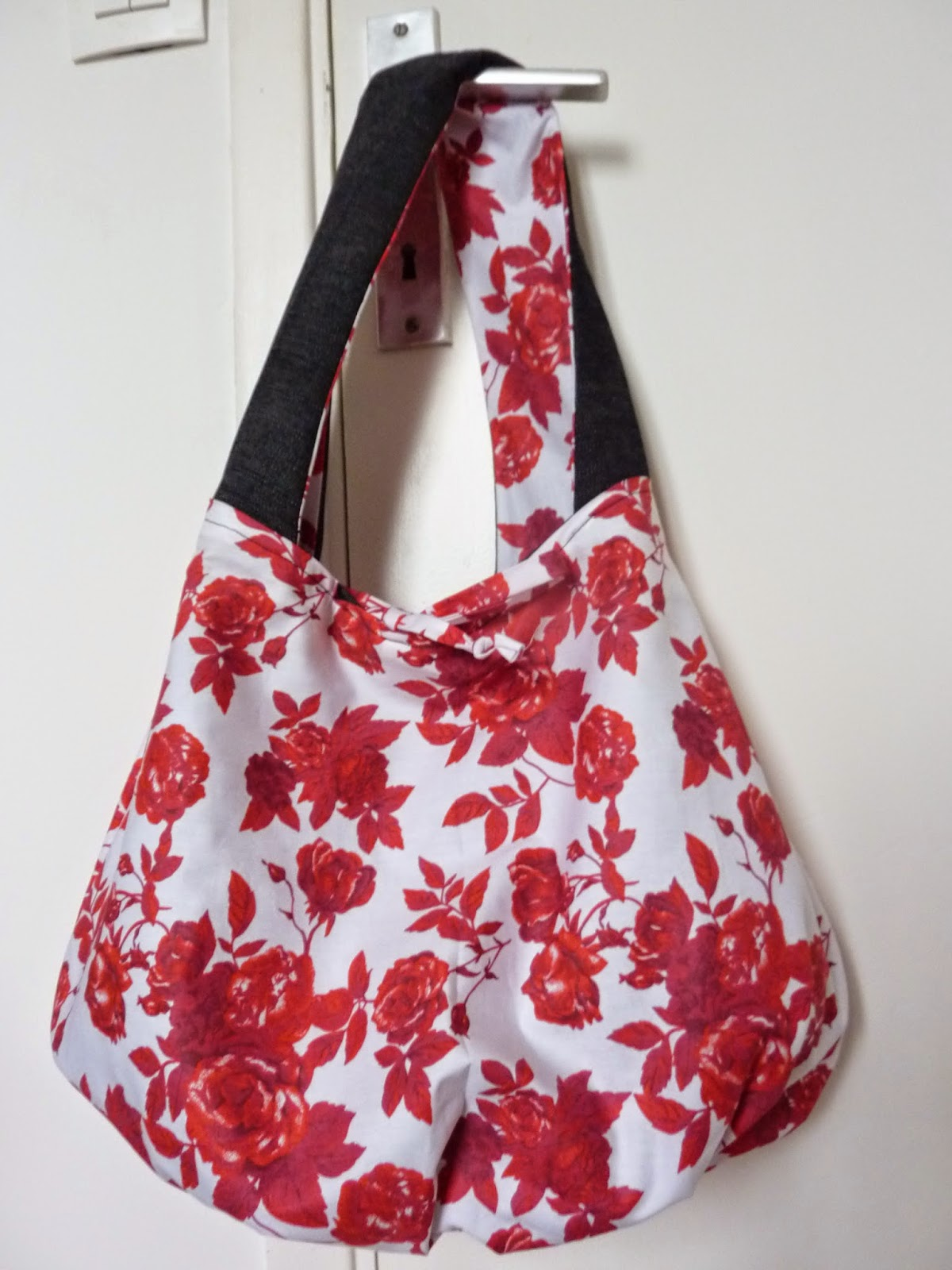 anchoiade nicoise tuto sac boule. Black Bedroom Furniture Sets. Home Design Ideas