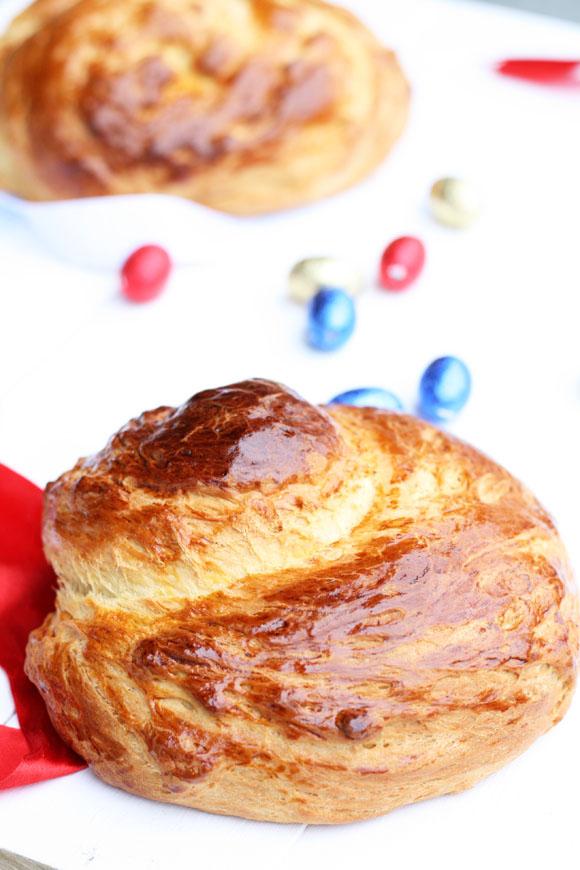 Tsourẻki, Easter sweet bread / cookmegreek