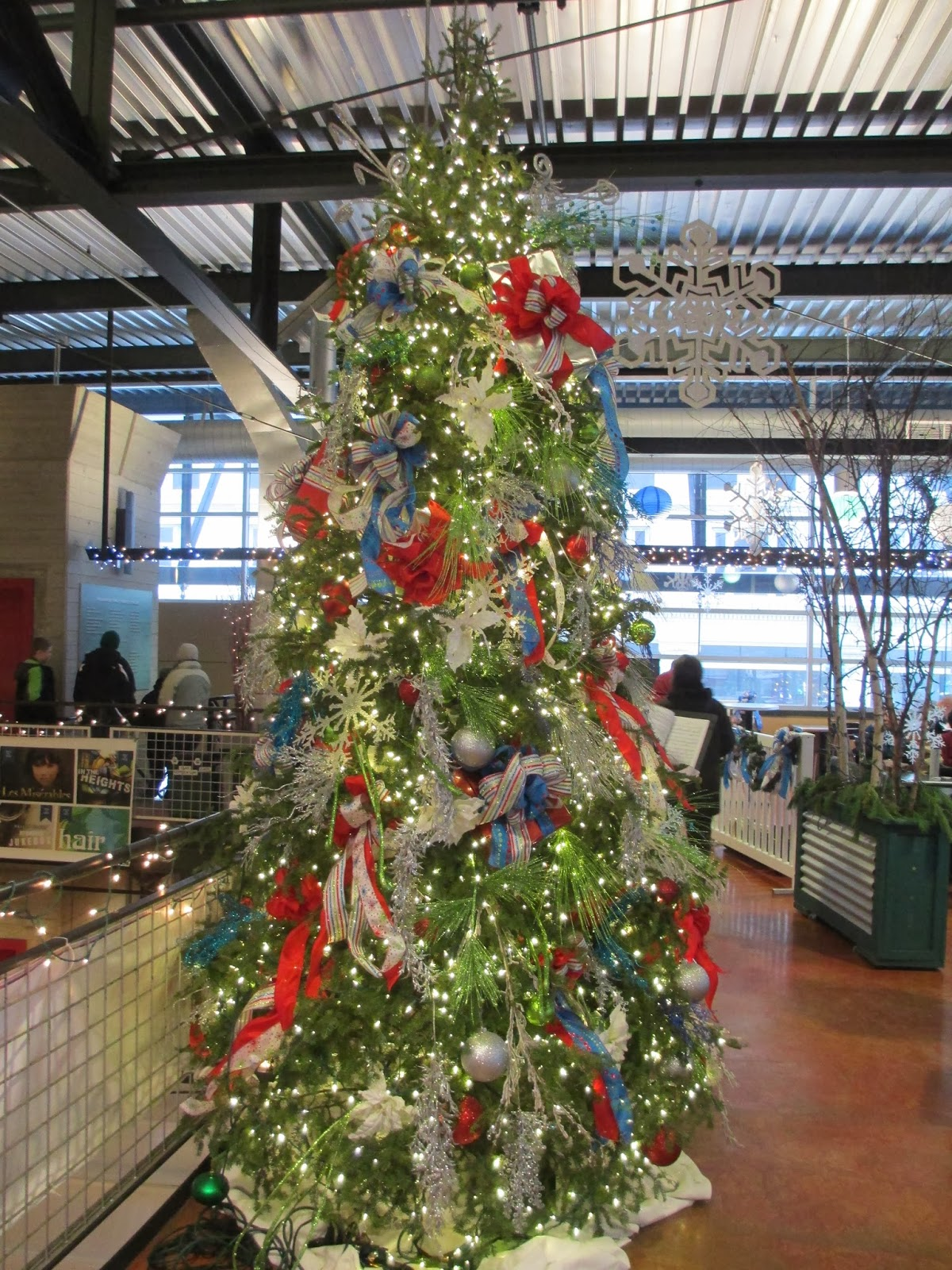 Christmas Decorations Sears Yuccabloom A Memoir Of Meaningful Meanderings The Christmas Tree
