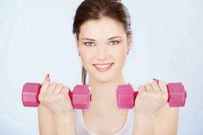 طريقة سهلة لإبْطاء عمليةِ الشيخوخة وهي أن  تُمارسُ الرياضة والتدريبات بإنتظام