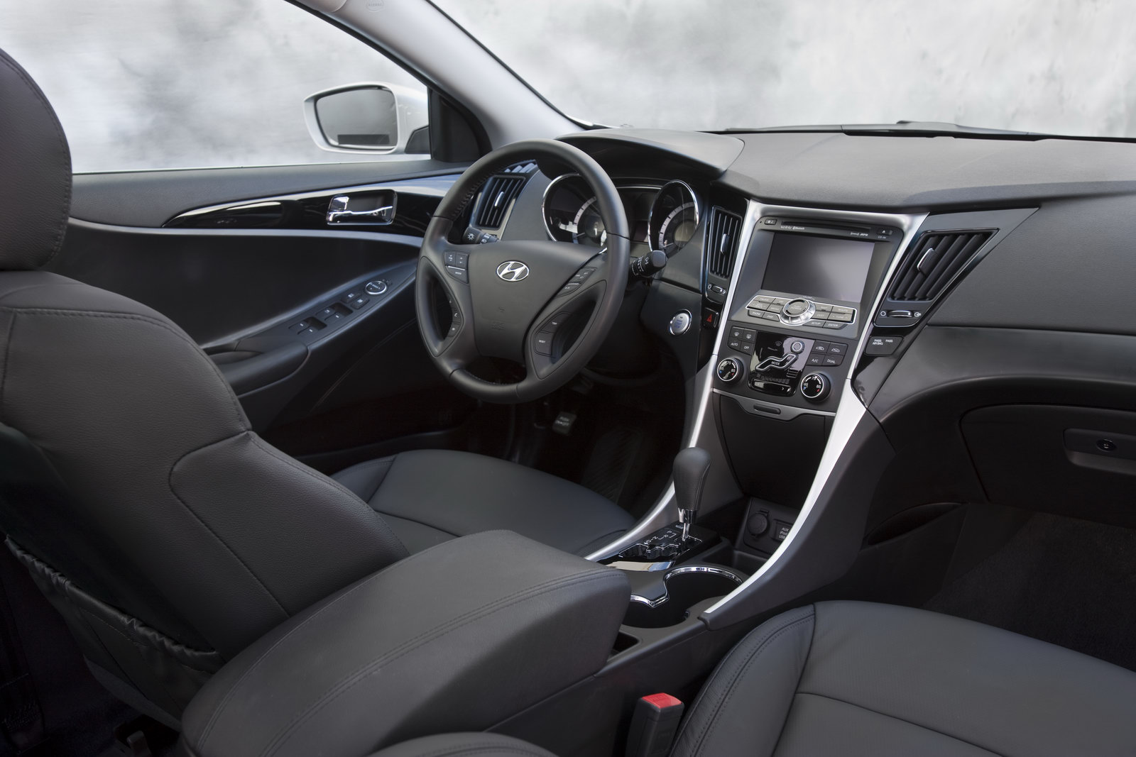 Interior Shot Of 2011 Hyundai Sonata