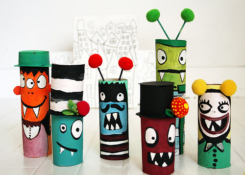 Super fun kids crafts toilet paper roll crafts for kids for Fun crafts with toilet paper rolls