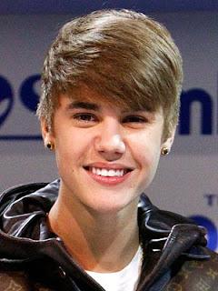 Justin Bieber Singing Idol